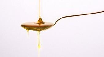 Eliminar las rojeces con miel y romero